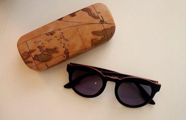 f5277c4d933 Καινούργια, οικονομικά και στιλάτα γυαλιά με ένα κλικ - POPAGANDA